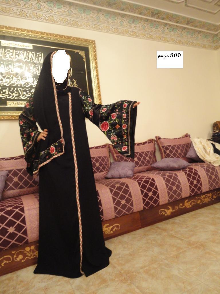 عبايات خليجية بشغل مغربي أروع 572846016.jpg