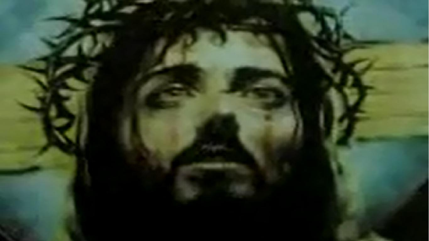 معجزة صورة السيد المسيح لة كل المجد و هى تبكى و تنزف دم
