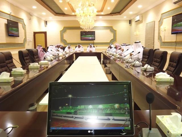 المشرف العام بلديات المحافظات بأمانة يزور بلدية 105757967.jpg