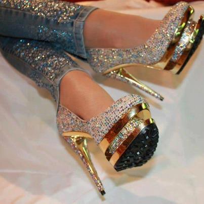 أجمل الأحذية ^_^ 132993686.jpg