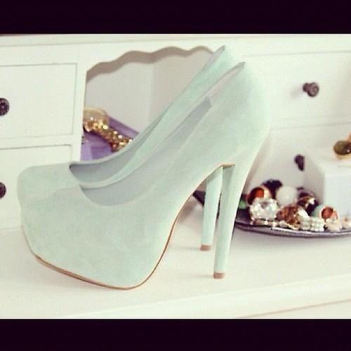 أجمل الأحذية ^_^ 148358357.jpg