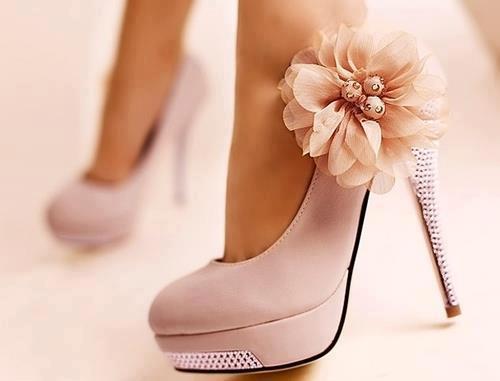 أجمل الأحذية ^_^ 342943948.jpg