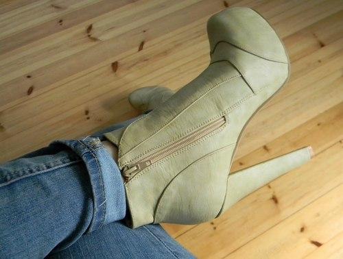 أجمل الأحذية ^_^ 575567021.jpg