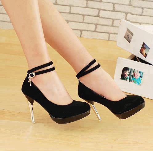 أجمل الأحذية ^_^ 690017520.jpg