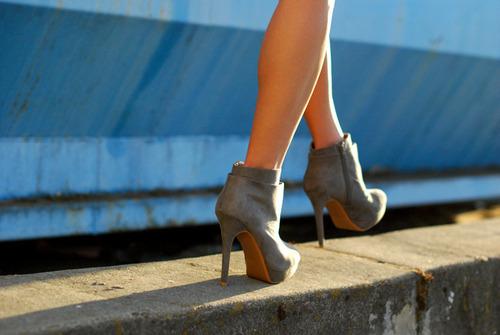 أجمل الأحذية ^_^ 802995272.jpg