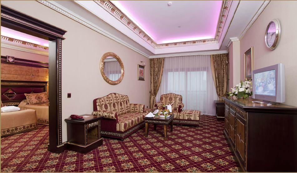 Club Hotel Sera 455695136