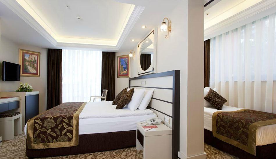 Club Hotel Sera 582434154