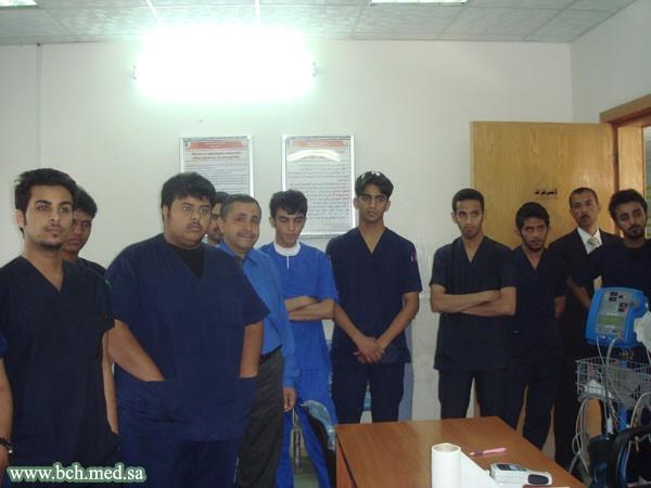 طلاب كلية الغد الدوليه زياره 373715457.jpg