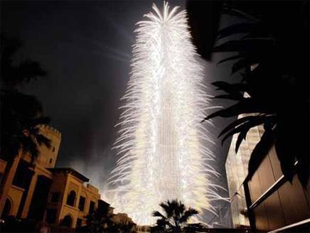 159731864 شاهد صور احتفالات راس السنة الميلادية 2014 فى دبى و برج خليفة