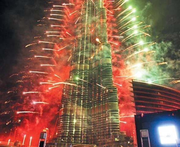 850691044 شاهد صور احتفالات راس السنة الميلادية 2014 فى دبى و برج خليفة