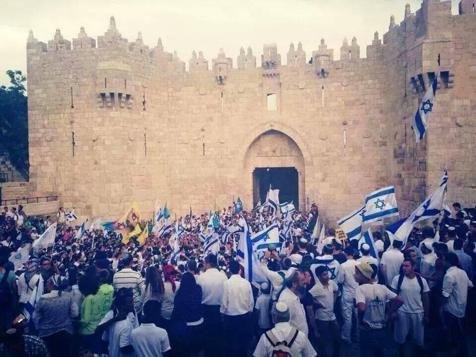 القدس هنآآ العآآمود صوره خلتني 623329029.jpg