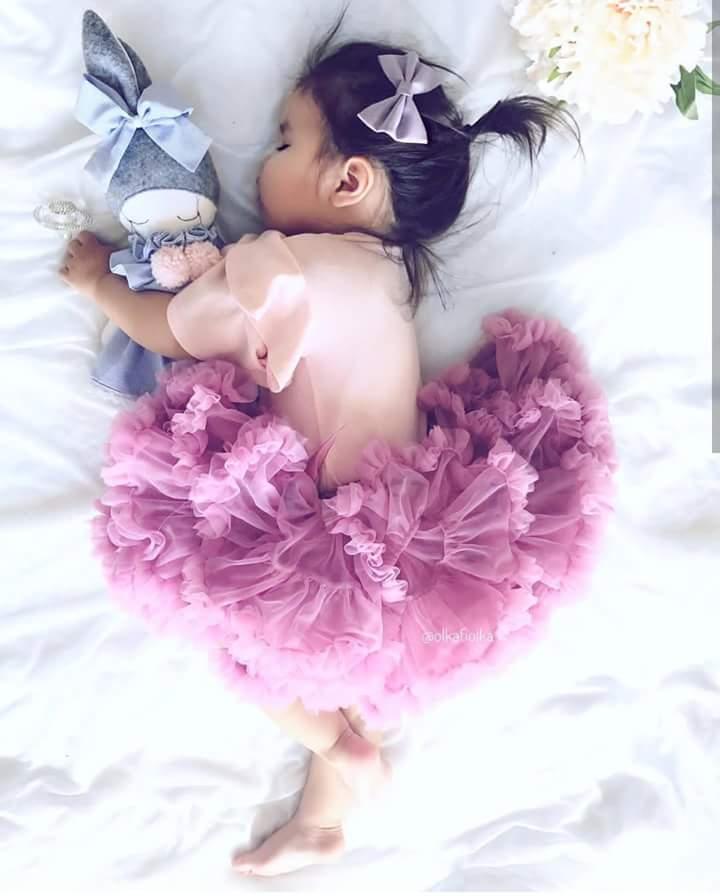 """وآلدة الطفلة """"لي لي"""" تعبر 817383137.jpg"""