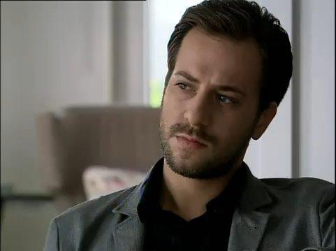 السيره الذاتييه لاردوغان ( عثمان )