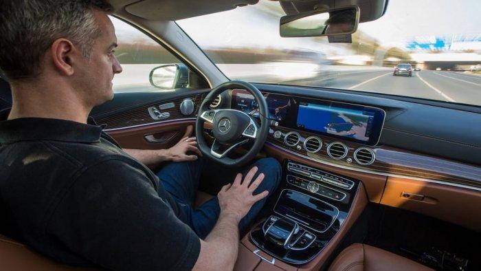 اهم النصائح لتفادي آلام العمود الفقري اثناء قيادة السيارة